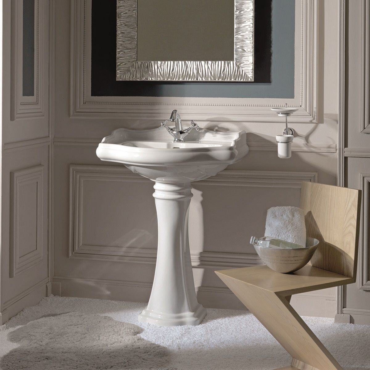 /wp/wp-content/uploads/2020/03/ws-bath-collections-retro-1045-1070-pedestal-bathroom-sink-21-7-x-18-3.jpg