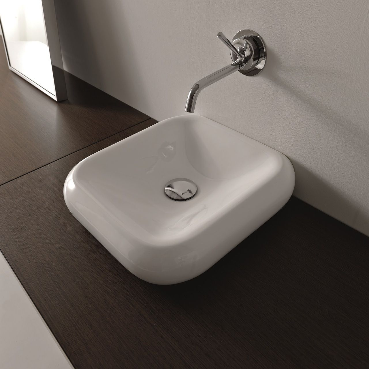 Importance of Space When Incorporating a Small Bathroom Sink - Cento 3542